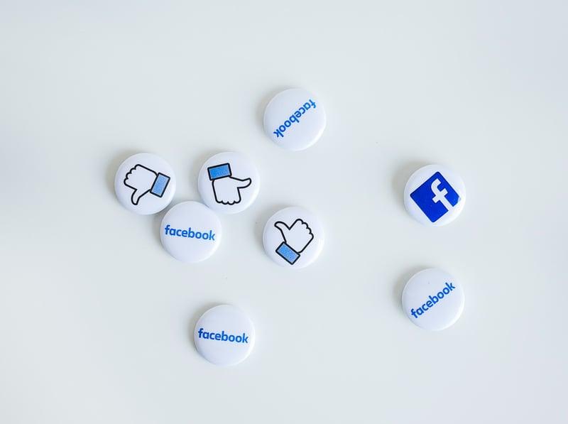 Facebook advertising CNIP